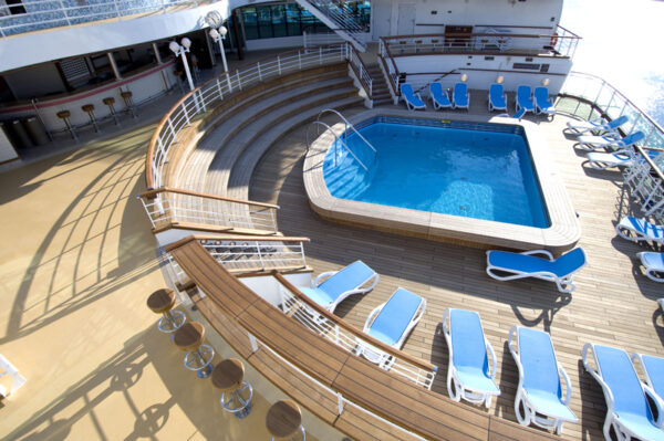 NARDI Alfa Sun Loungers around cruise ship pool - Blue & White