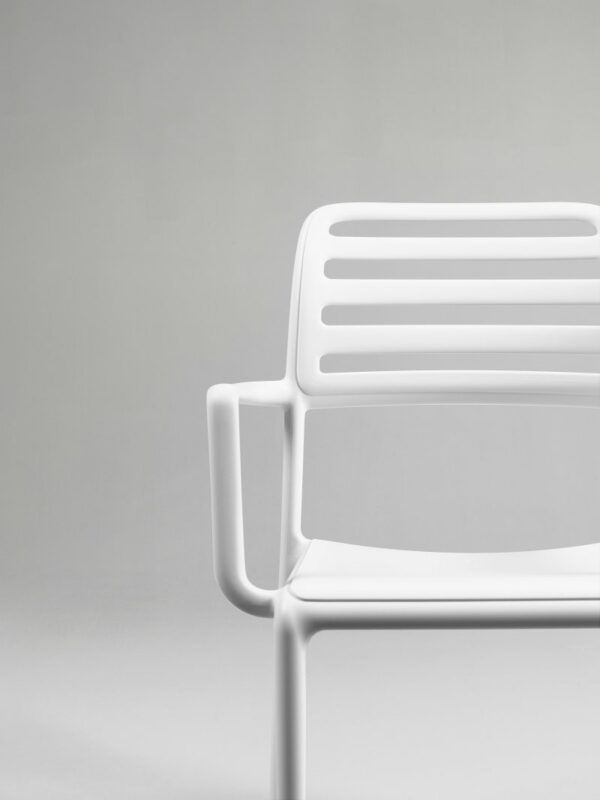 The NARDI Costa Outdoor Arm Chair in White