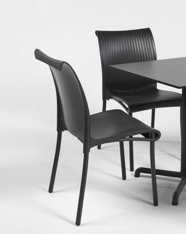 NARDI Regina Chair and Calice Table in Charcoal