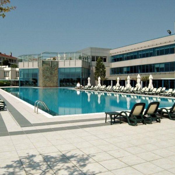 Hotel pool side Alfa Sun Loungers