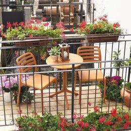 Costa Balcony Setting - Thumbnail