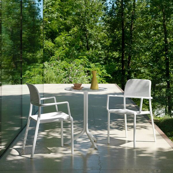 NARDI Bora Arm Chairs in White with Step Table on balcony
