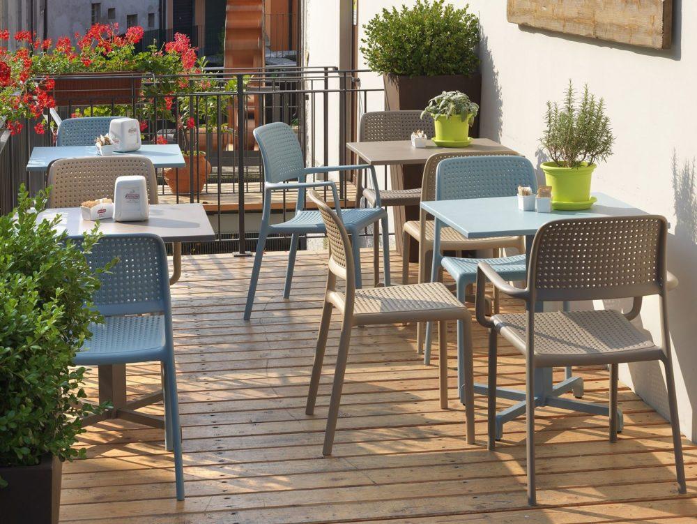 bora-modern-outdoor-chair-nz-cafe-setting