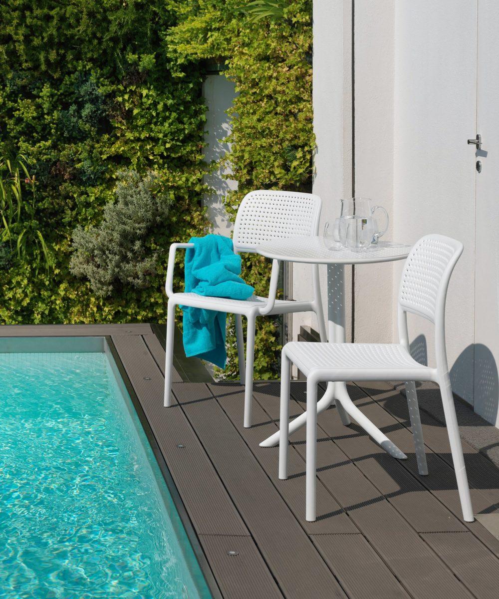 bora-modern-outdoor-chair-nz-pool-side