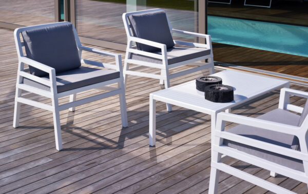 Aria 5 Piece Balcony Setting – White & Grey Cushions