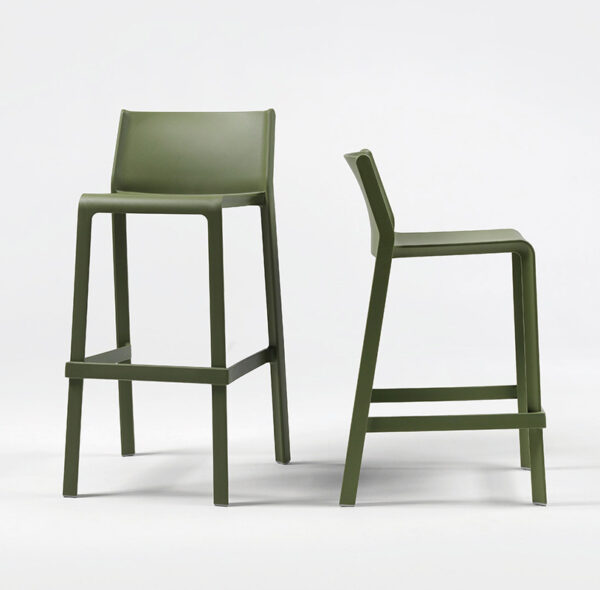 NARDI Trill Tall Bar Stool & Trill Kitchen Counter Bar Stool Side by Side in Olive Green