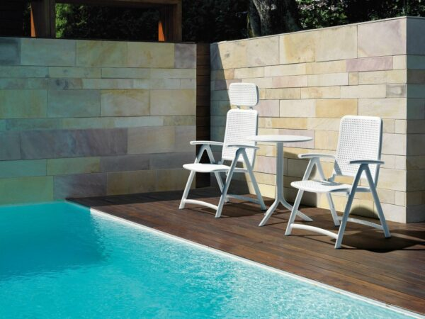 Aquamarina Reclining 3-Piece Set - Pictured Poolside