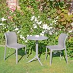 Bit Step 3-Piece Bistro Set in Garden