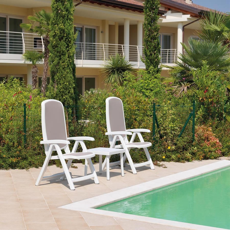 The NARDI Delta Reclining 3 Piece Set in White & Taupe Pictured by the Pool