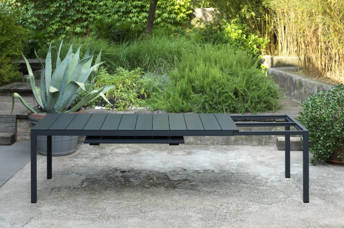 Extendable Outdoor Dining Set NZ - Extendable Mechanism Revealing Extra Panel (Rio 210/280 Alu in Charcoal)