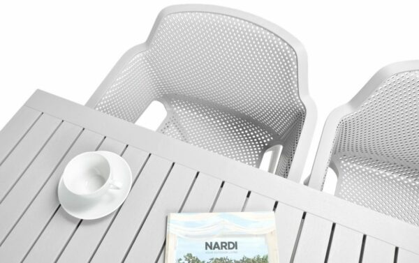 NARDI Net Cube-140 5-Piece Patio Set - White (Table Top & Chair Birds-eye View)