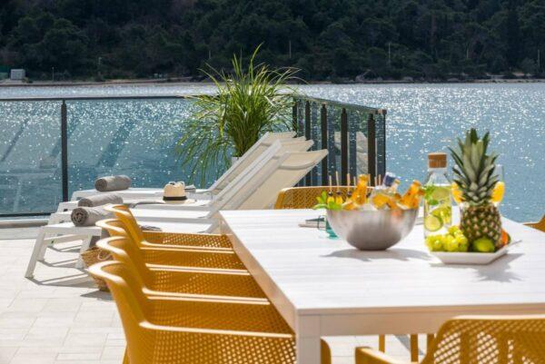 NARDI Rio ALU Net 10-Seater Outdoor Dining Set - White & Mustard (Zoomed)