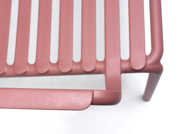 NARDI Doga Relax Lounge Chair Details - Arm & Seat