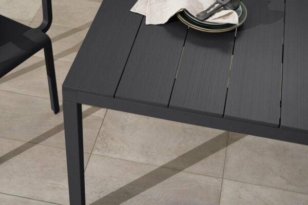 NARDI Rio ALU 140-210 Extendable Table in Charcoal (Aluminium Table Top Texture)